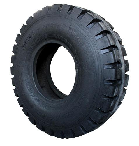 斜交橡胶轮胎